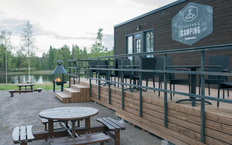 Työnäyte: Tanhuvaara Sport Resort - Valokuvaus, visuaalinen ja graafinen suunnittelu sekä brändin kehittäminen